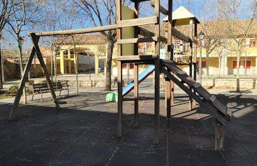 Parque infantil de la iglesia