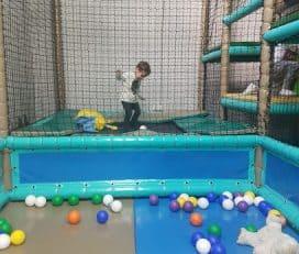 Parque de bolas Fuente el Saz Animal Park