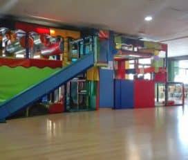 Colorines, Parque de Bolas, Cafetería