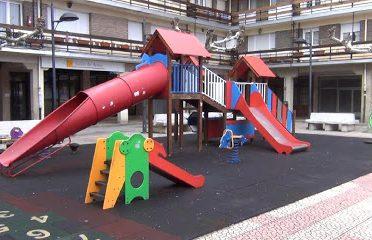 Parque Infantil Plaza Del Crucero