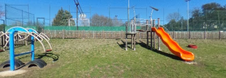 Playground Can Carbonell