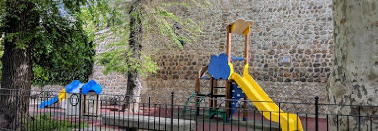 Parc infantil Estiradors