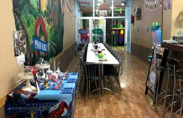 Bichos cafeteria y parque de ocio
