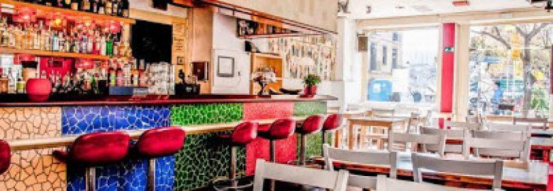 DosTrece Restaurant-Lounge
