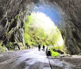 Parque infantil de Cuevas