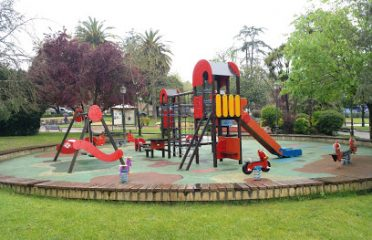 Parque Infantil Del Parque De Abajo