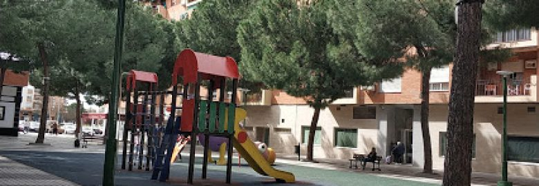 Parque infantil Plaza Francisco Vera