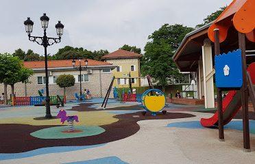 Parque Los Condes De Isla