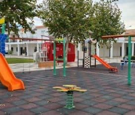 Parque infantil Arcoitis TT, Hernan Cortes