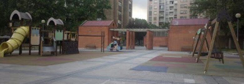 Parque infantil de plaza Félix Huarte