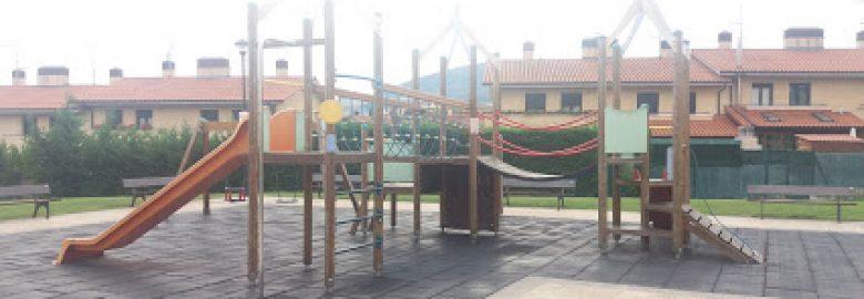 Parque Infantil Paseo Río Araquil