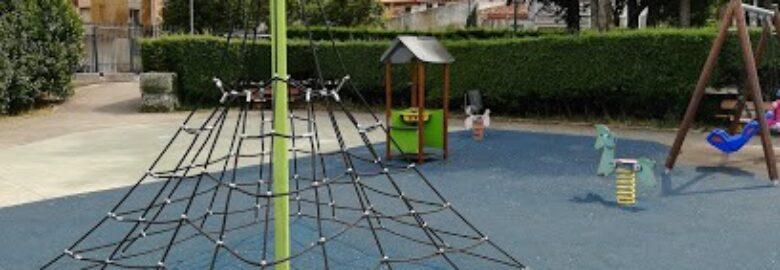 parque infantil Chiloeches